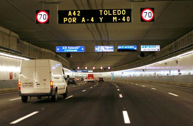 Tunnel-Madrid-Spain-AF4-Schreder-Imagen1-HJ